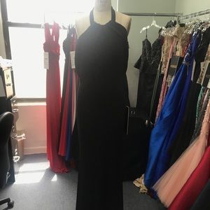 2ea967acdaa Dresses & Skirts - 18165 beautiful black halter/off shoulder gown